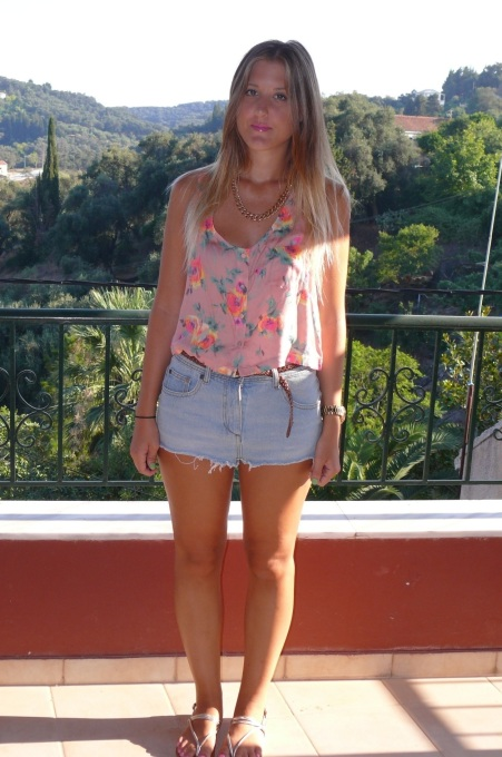 fashion_blog_gillian_lee_rose_gillianleerose_topshop_top_denim_shorts