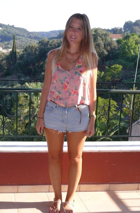 fashion_blog_gillian_lee_rose_gillianleerose_topshop_top_denim_shorts