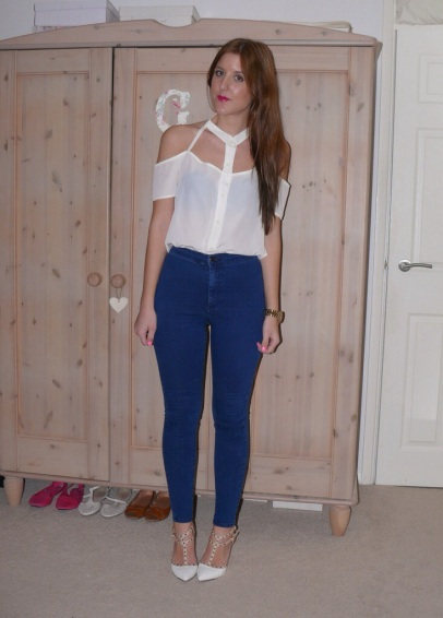 uk_fashion_blog_high_street_gillian_lee_rose_gillianleerose_outfit_lookbook_style_topshop_nasty_gal_treds