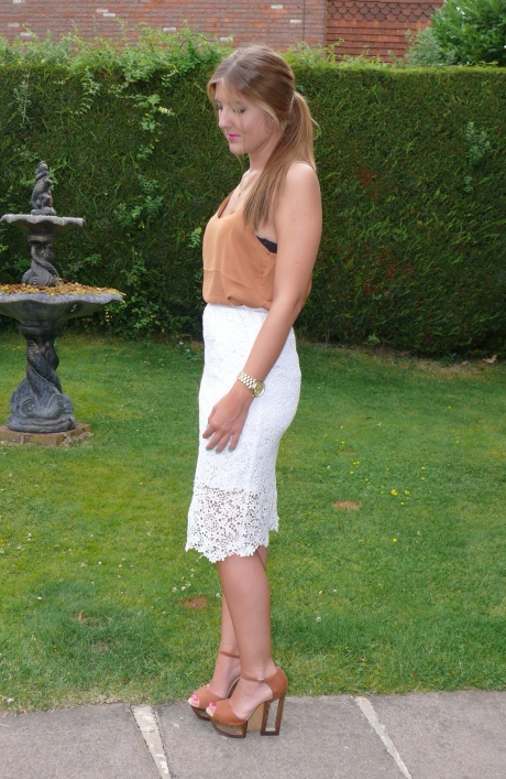 UK_fashion_blogger_style_ISWAI_Co-ord_Caggie_dunlop_gillianleerose_high_street