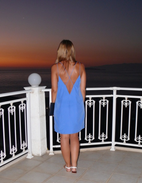 UK_fashion_blog_high_street_zara_dress_backless_gillian_lee_rose_gillianleerose