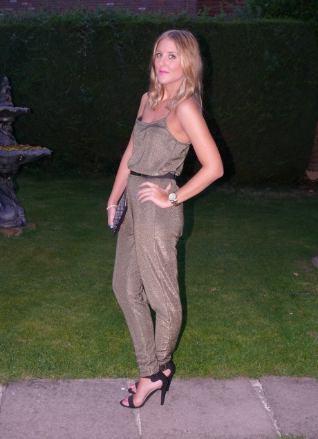 UK_fashion_blogger_high_street_gillianleerose_Inthestyle_hm_river_island
