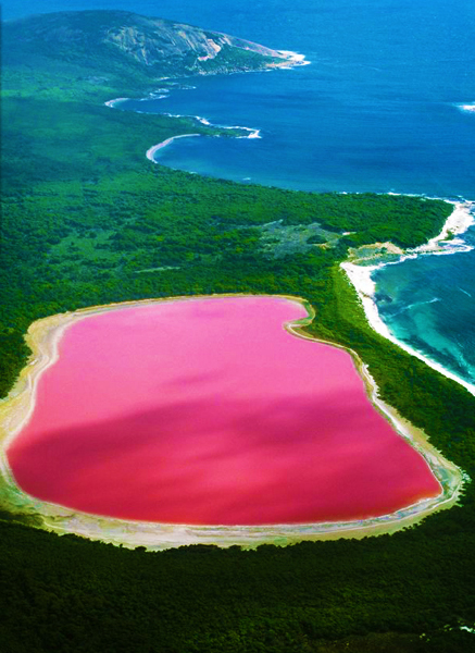 Pink_Lake_australia_bucket_list